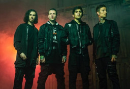 Crown The Empire - MZRY